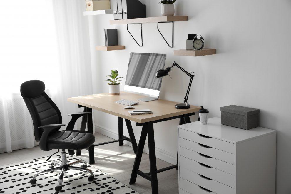 Πώς να οργανώσετε το γραφείο σας