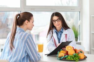 Επίσκεψη σε διαιτολόγο
